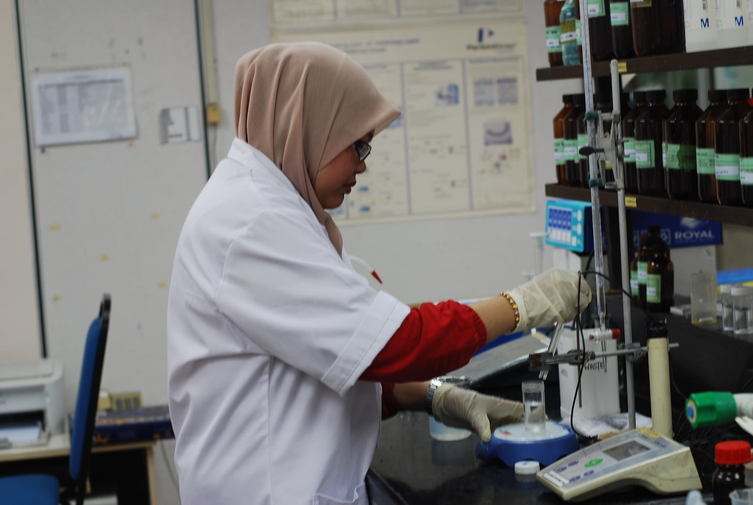 E S LABORATORIES (M) SDN  BHD  – A well-equipped testing